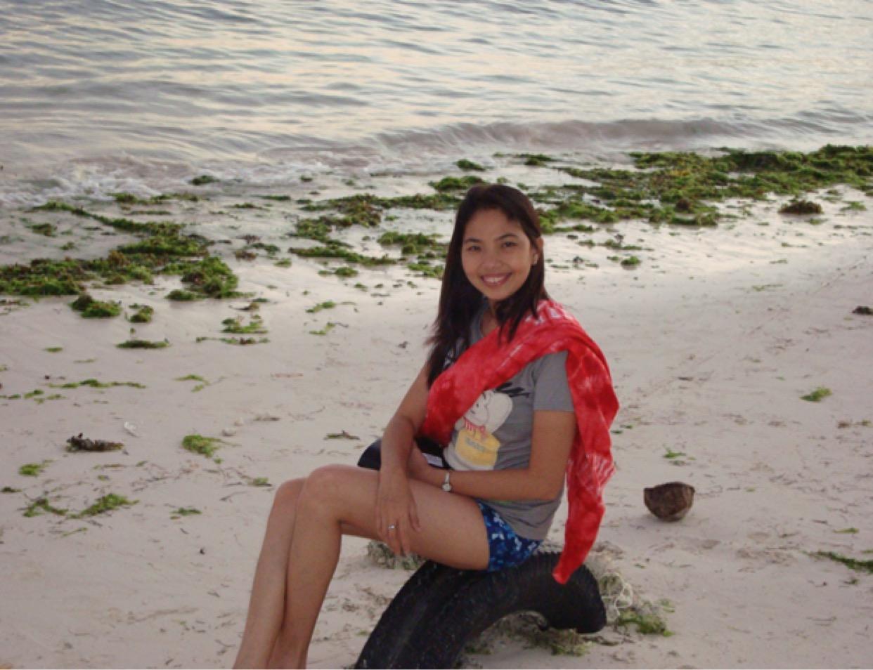 Discover Bohol Island with Lhyn